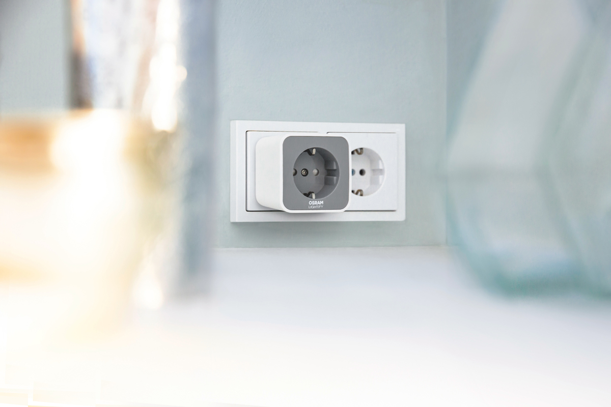 osram lightify smart plug smart home wlan funksteckdose. Black Bedroom Furniture Sets. Home Design Ideas